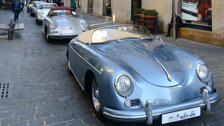 Porsche Classic Meets New Event – Downtown
