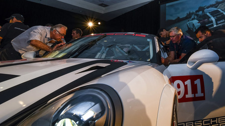Launch 911 GT3 Cup