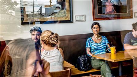 Porsche Author Helene Laube at the Café Tierra Mia