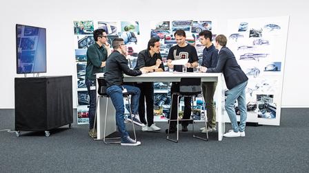 Porsche Salar Vakili, Florian Dezauer, Christopher Gutierrez Diaz, Thorsten Klein, Dominic Arnold and Ivo van Hulten (l.-r.).