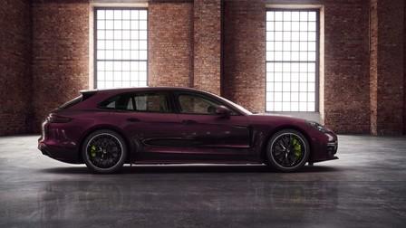 Porsche Exclusive Panamera Sport Turismo