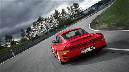 Porsche 959, Rear