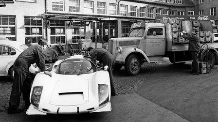 1966: Porsche Typ 906 im Werk 1