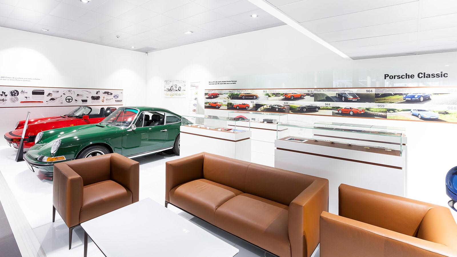 Porsche - Порше Центр Мангейм