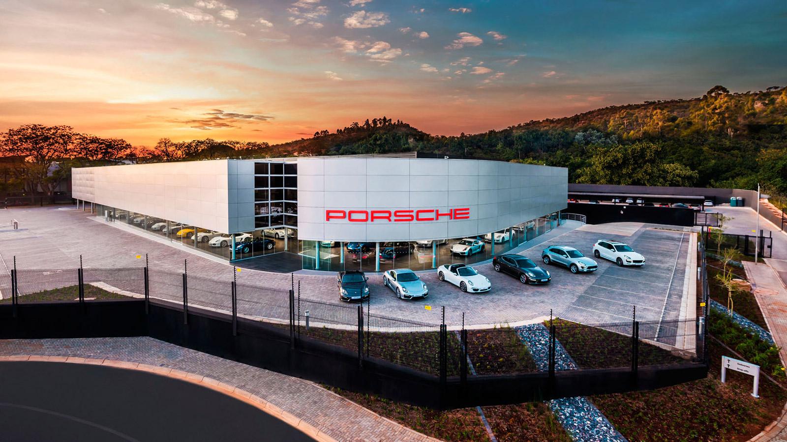 Porsche - Порше Центр Претория