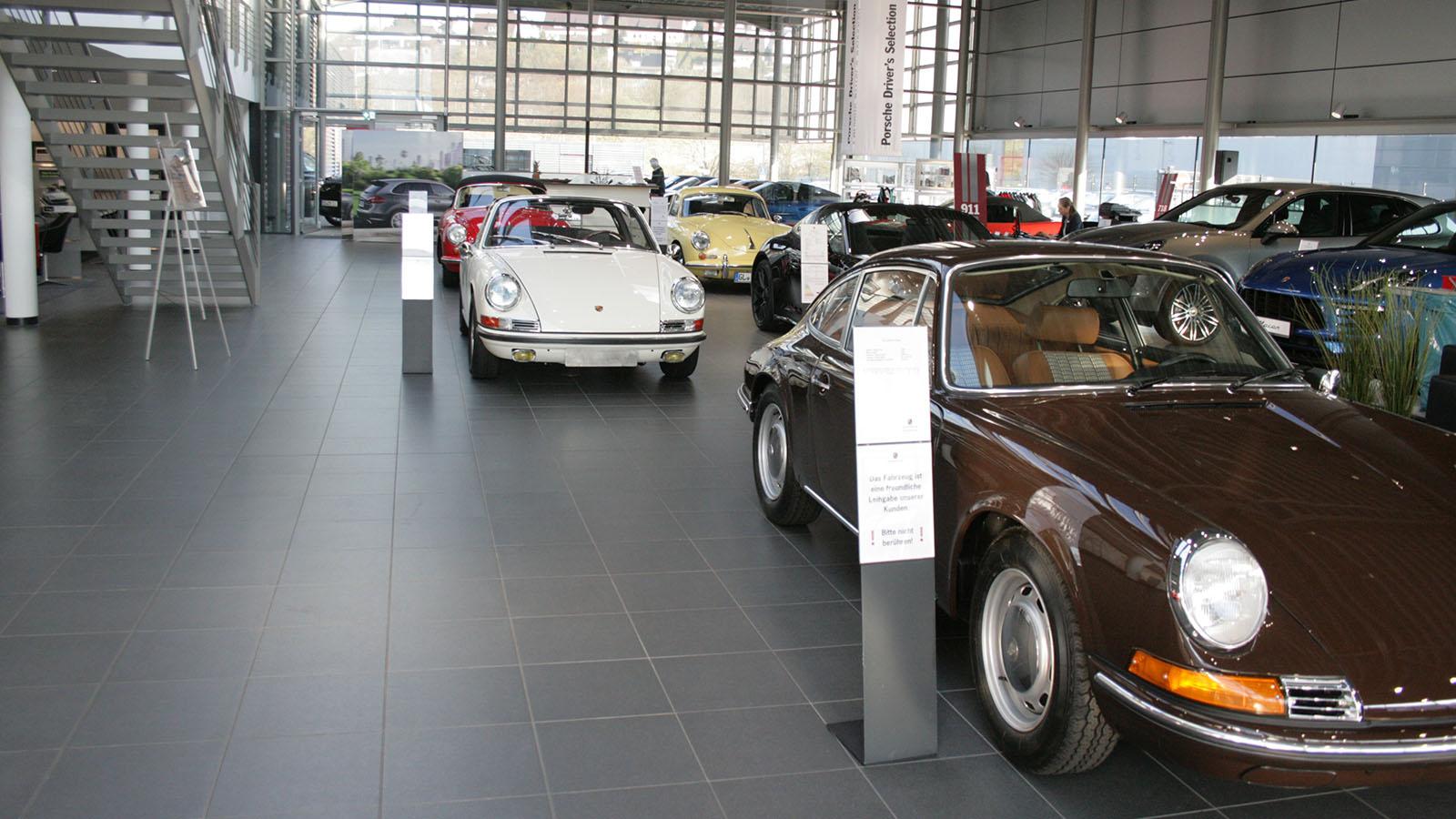 Porsche - Порше Центр Зиген