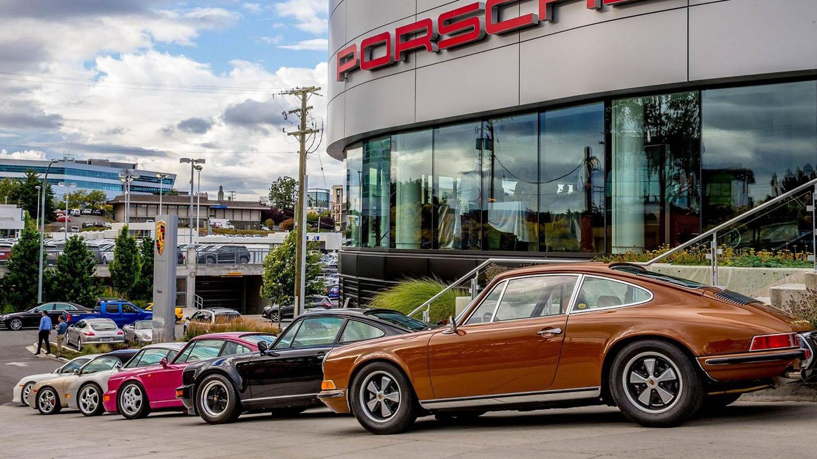 Porsche - Порше Центр Виктория