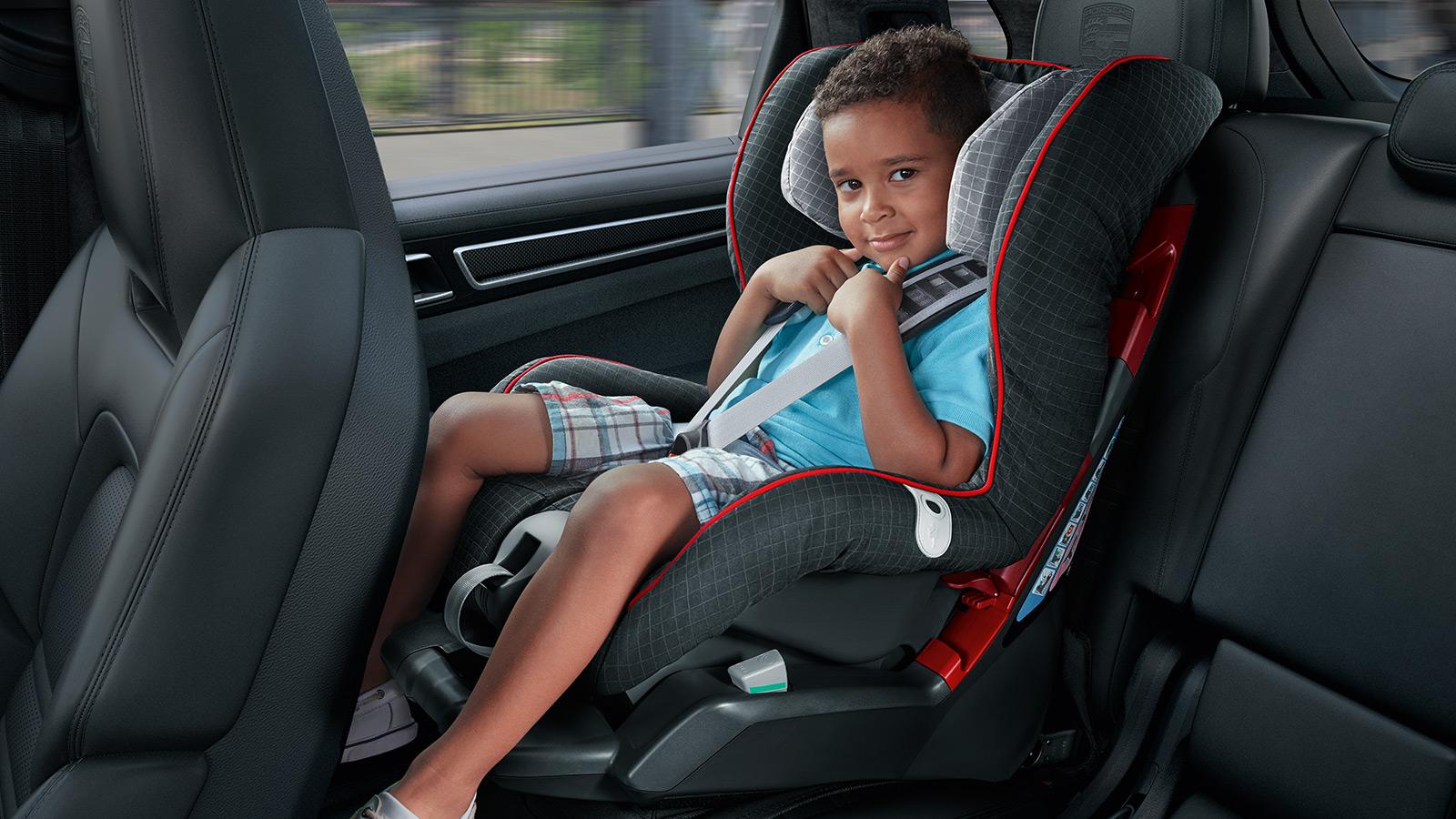 Porsche - Child seats